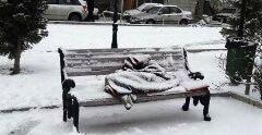 انتقال افراد بیخانمان به گرمخانهها؛ با این شماره تماس بگیرید