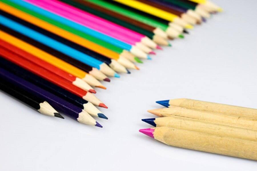 چه کاغذی برای مداد رنگی مناسب است